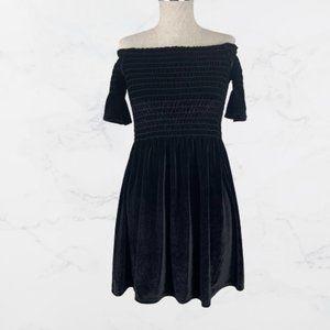 Urban Outfitters Black Velvet Off Shoulder Dress M